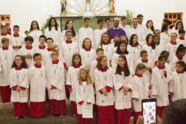 Paróquia Santa Cruz_coroinhas e auxiliares (8)