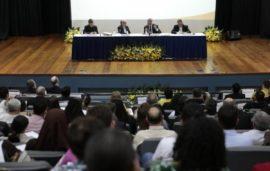 Seminario-10-anos-acordo-Brasil-Santa-Se-PUCCAMPINAS-mesa-1-1200x762_c
