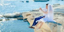 web3-honey-moon-couple-marriage-tatiana-gonzales-unsplash-cc0.jpg w=1200