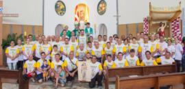 Missa celebrada pelo bispo acolhe romeiros de Itapira